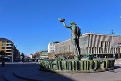 Статуя Poseidon на Götaplatsen в Гётеборге Стоковое Фото