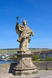 Статуя St. John Nepomuk в Wurzburg, Германии. Стоковое Изображение RF