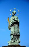 Статуя St. John Nepomuk, Праги Стоковая Фотография