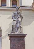 Статуя St Peter церков лютеранина St Peter (1838) в St Petersb Стоковые Фото