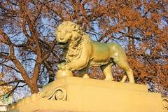 Статуя StPetersburg Россия памятника льва Стоковые Изображения