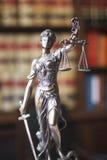 Статуя Themis юридического офиса законная Стоковое Изображение RF