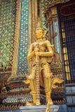 Статуя Thotsakhirithon в дворце королей в Бангкоке стоковое фото