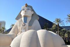статуя vegas сфинкса luxor las гостиницы стоковая фотография rf