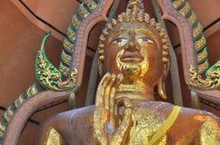Статуя Wat Tham Sua Kanchanaburi Будды стоковые фотографии rf