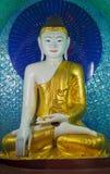 статуя yangon shwedagon pagoda Будды myanmar Стоковые Фото