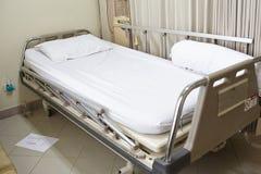 стационар кровати пустой Стоковые Фотографии RF