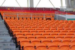 Стадион усаживает для посетителей некоторые спорт или футбол стоковое изображение
