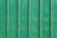 Стальная металлическая старая ржавая дверь, зеленый металл grunge Стоковые Изображения RF