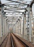 Стальной железнодорожный мост Стоковое Фото