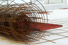 Стальные компоненты в строительной площадке - конструкции Стоковые Изображения RF