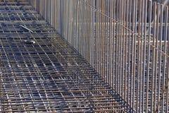 стальные пруты подкрепления на конструкции Стоковое фото RF