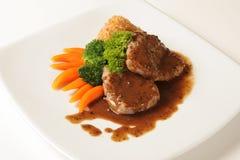 Стейк говядины с соусом черного перца Стоковые Фото