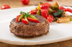 Стейк говядины гамбургера стоковые фотографии rf