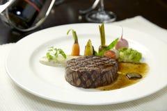 стейк зажженный говядиной Стоковые Фотографии RF