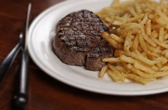 стейк зажженный frite Стоковое Изображение