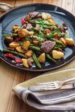 Стейк и картошки Chimichurri стоковое изображение rf