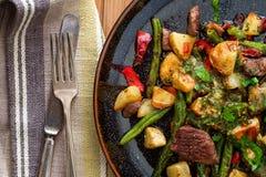 Стейк и картошки Chimichurri стоковое фото rf