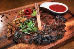 Стейк мяса Стоковые Фотографии RF