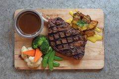 стейк решетки говядины Стоковая Фотография
