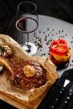 Стейк с красным вином Стоковая Фотография