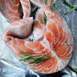 стейк части сырцовый salmon Стоковая Фотография RF