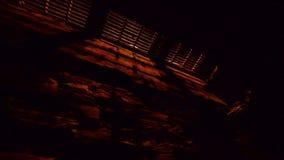 Стеките решетку в ноче видеоматериал