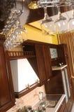 стекла изолировали кухню самомоднейшую Стоковое Изображение