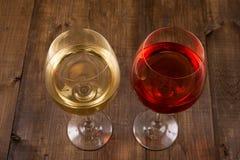 2 стекла различного вина стоковое изображение rf
