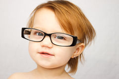 стекла ребенка смешные стоковое изображение