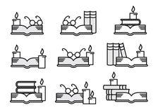 стекла свечек книг Стоковые Изображения RF