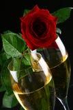 стекла шампанского внутри кольца 2 Стоковое Изображение