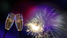 Стекла Clink - ` s Eve/торжество Нового Года стоковое изображение