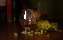 Стекло вина и виноградин Стоковое Фото