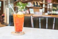стекло заморозило чай лимона Стоковое Фото