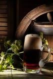 Стекло пива в стиле страны Стоковые Изображения RF