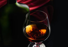 стекло рябиновки бутылки Стоковое Фото