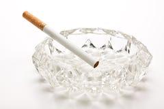 стекло сигареты ashtray unlit Стоковые Фотографии RF