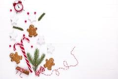 стекло состава рождества bauble голубое Предпосылка рождества, модель-макет, открытка Подарок, украшения красного цвета рождества стоковые фотографии rf