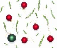 стекло состава рождества bauble голубое Шарики рождества ` s Нового Года на белой предпосылке Украшение зимы рождества, концепция стоковая фотография rf