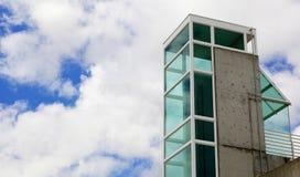 стеклянная зеленая башня Стоковые Изображения RF