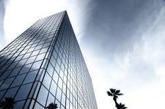 стеклянная самомоднейшая башня стали офиса Стоковое Изображение