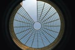 стеклянная самомоднейшая крыша стоковые фото