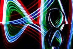 Стеклянная сфера отражая красочный свет Стоковые Изображения RF