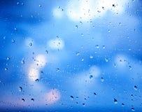 стеклянное окно raindrops Стоковая Фотография