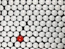стеклянные красные камни белые Стоковые Фото