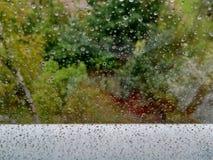 стеклянные raindrops стоковая фотография
