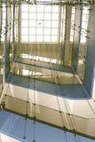 стеклянный лестничный колодец Стоковое Изображение