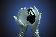 стеклянный свет руки глобуса Стоковое Фото