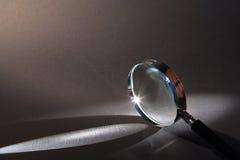 стеклянный увеличивать Стоковые Изображения RF
